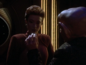 Quark finds a Bajoran earring! It could mean a highly regarded resistance fighter is still being held! That's against the Cardassians agreement!