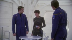 T'Pol tells a table to give her water. That could've been really embarrassing but the gamble paid off