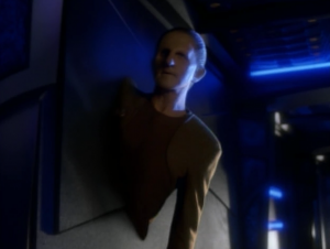 Odo pretends to be a wall to run intel