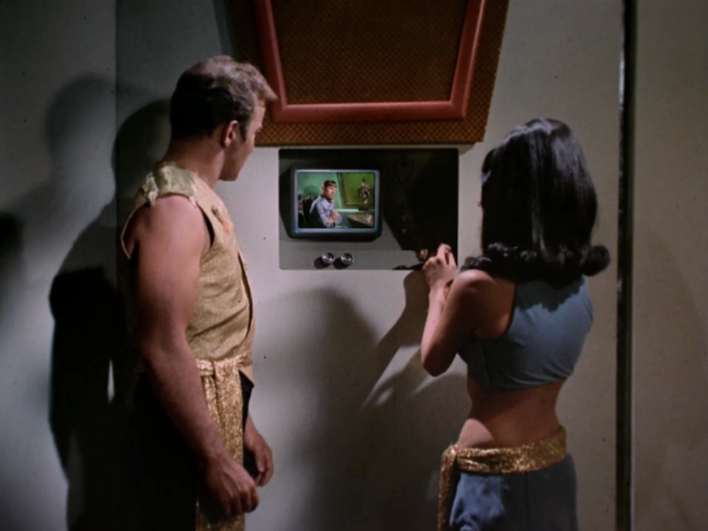Kirk finds a lady in his quarters. She shows him his killing machine