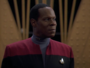 It's cool seeing Sisko give a prep speech although he hits all the chilches