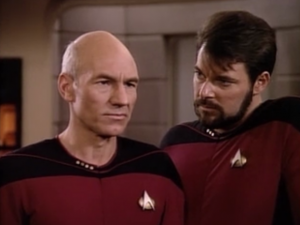 Picard doesn't like it when Riker stands so close to him