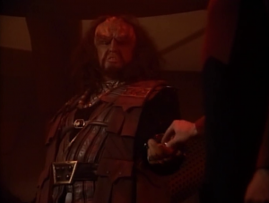 Riker has a nice trick to take control of the situation