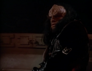 Riker's first job as a 2nd officer on a Klingon ship is to beat up someone