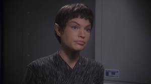 So he asks T'Pol for help