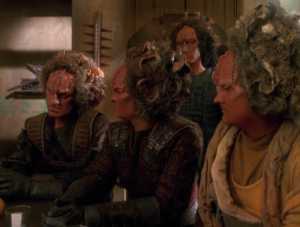 With the new alliance between the Trabe and Voyager, they call a meeting with all the Kazon to scare them into peace