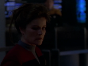 Janeway tries to self-destruct but it doesn't work because of damage
