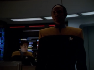 Tuvok comes up with a plan to beat the vidiians and get the cure.
