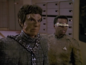 Geordi and the Romulan make it to Enterprise and it resolves the conflict