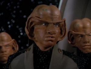 The ferengi show up. They want some warmhole too