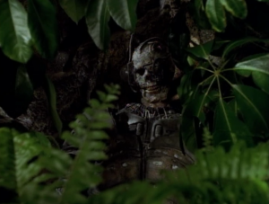 Then the best part of the episode happens! They find a skeleton of one of the invaders. A Borg!