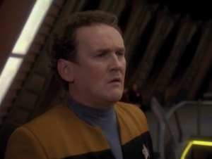 O'Brien sees a vision of himself talking to Quark, and then in a few hours he has the conversation with Quark. He's seeing into the future!