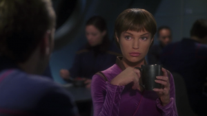 T'Pol acts like nothing happened