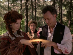 """In """"The Q and the Grey"""", Q tries to convince Janeway to have a child with him"""