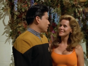 """In """"Alter Ego"""" Geordi falls in love with a hologram"""