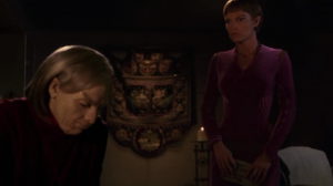 T'Pol visits the old T'Pol and the old T'Pol tells her to follow her heart