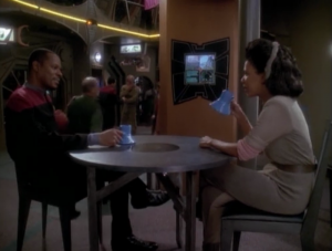Sisko and Kassidy go on their first date. They both like baseball!