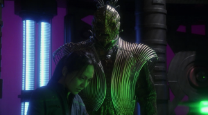 I guess they decided that the normal reptilians didn't have enough dumb tubes on their costumes so they made Dolim have even more