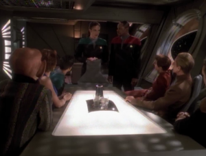 Jadzia gathers all her friends, and Leeta who has apparently become very close to Jadzia, in order to help her with a Trill thing