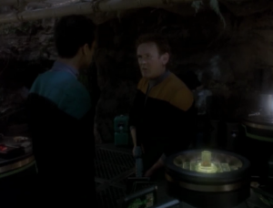 O'Biren comes back to get Bashir, but Bashir wont leave without helping the Jem'Hadar. So O'Brien blows up his research