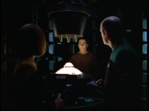 Voyager answers a distress call from a creepy hologram
