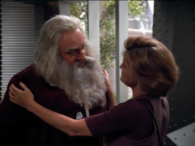 Janeway makes reference the Kirk claiming that he met Leonardo da Vinci