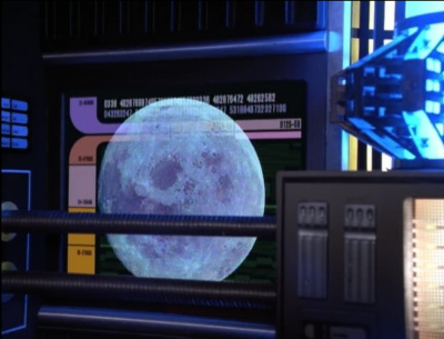 But then Chakotay sees the moon, which he apparently always sees in his dreams
