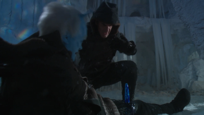 Shran doesn't have great balance after losing one of his antennae