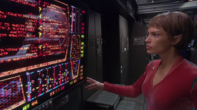 They discover there's some kind of Klingon sub-routine operating on Enterprise and then to be continued! We don't understand anything about what's going on, but let's be excited!
