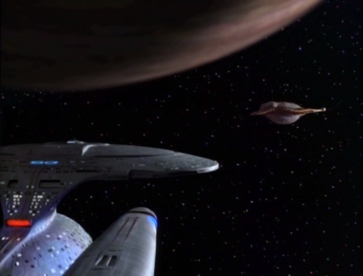 Enterprise finds an alien that lives in space
