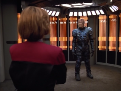 The Hirogen have incoming back-up. If Voyager doesn't hand over the prey, there's gonna be trouble