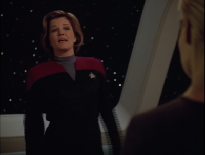 Seven agrees with the Hirogen, that they should just hand over the species 8723 so Voyager isn't at risk. Also she kind of hates species 8472