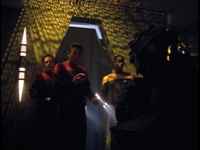But when Voyager comes across the two Hirogen, it looks like it eventually got the better of them