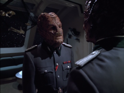 I guess this guy is about as nuanced as the Hirogen get, because unlike the younger Hirogen that just want to kill prey, this guy wants to learn a few things from the prey before killing them