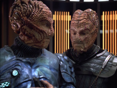 The Hirogen have taken over Voyager and are going through simulations from Voyager's database, and using the crew as the prey