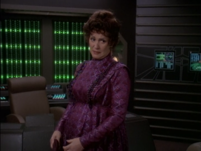 Lwaxana shows up and is pregnant
