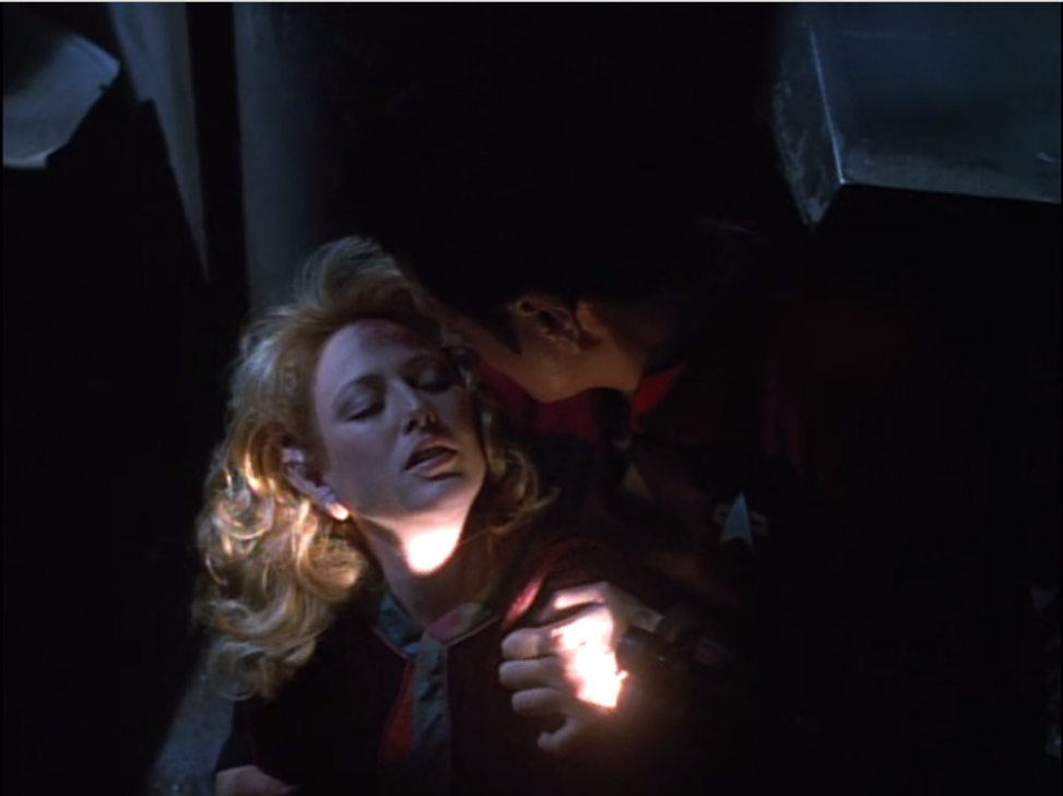Voyager rescues a lady, and she seems to know Chakotay, but Chakotay has never heard of her
