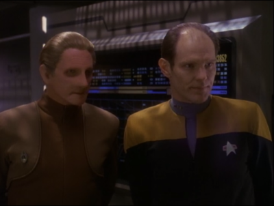 Odo and Eddington find clues that point to Kasidy being a smuggler for the Maquis!